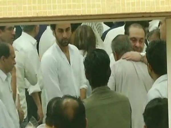 Ranbir Kapoor pay tribute Shashi Kapoor